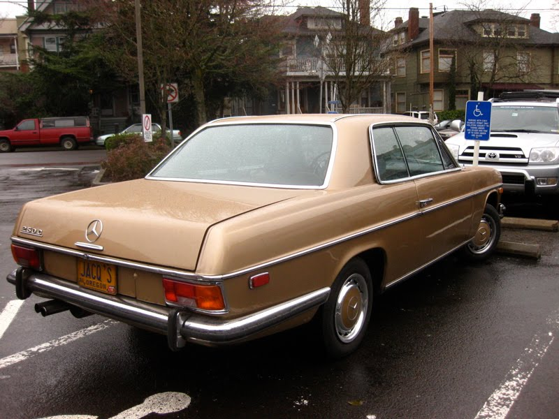 Old parked cars 1971 mercedes benz 250c for Mercedes benz 250c