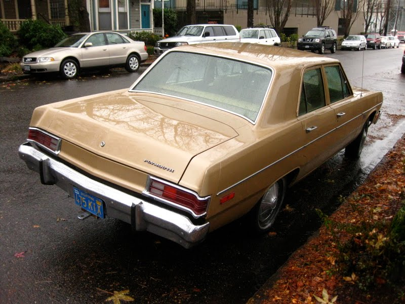 1975+Plymouth+Valiant+Sedan.+-+2.jpg