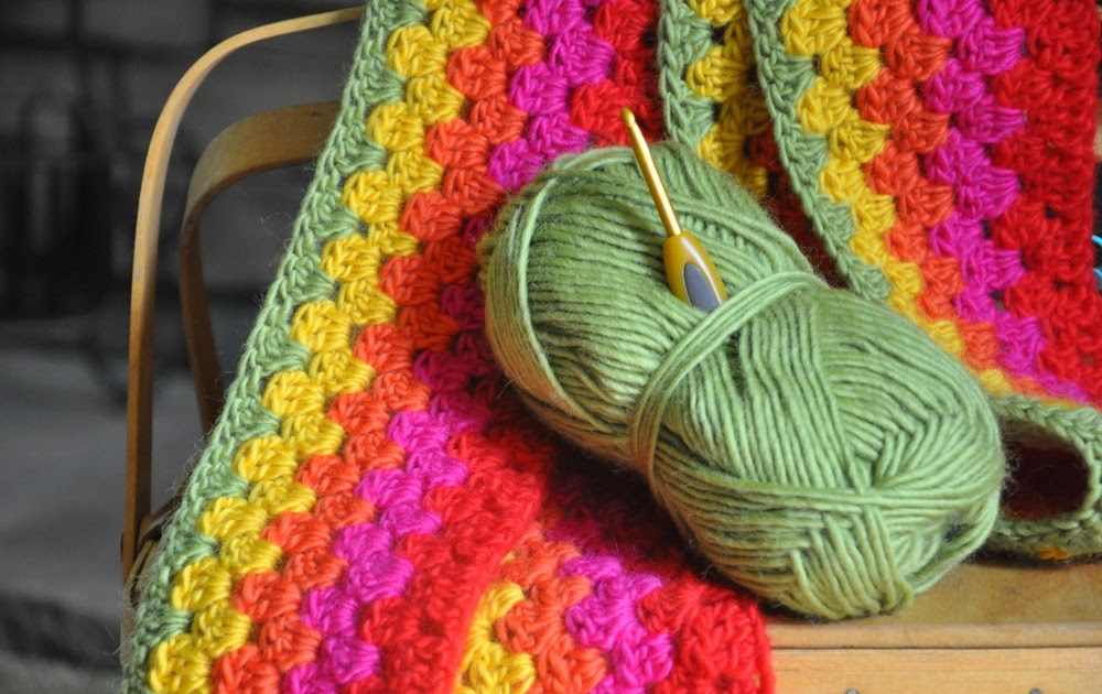 bitty bits & pieces: Granny Stripe Blanket