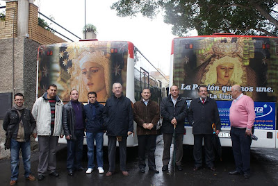La Virgen de la Unidad presente esta Cuaresma en la publicidad itinerante de Surbus