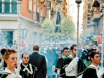 La Virgen del Mar renueva el compromiso con Almería