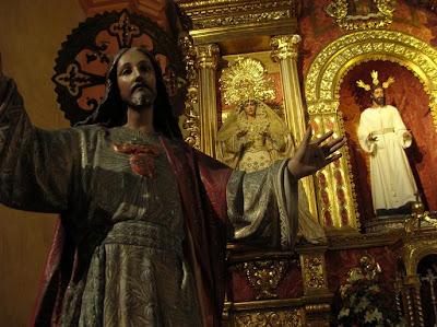 El Sagrado Corazón de Jesús permanecerá en el Sagrario de la Catedral todo el mes de junio