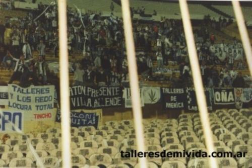 LA BANDA EN URUGUAY 2001