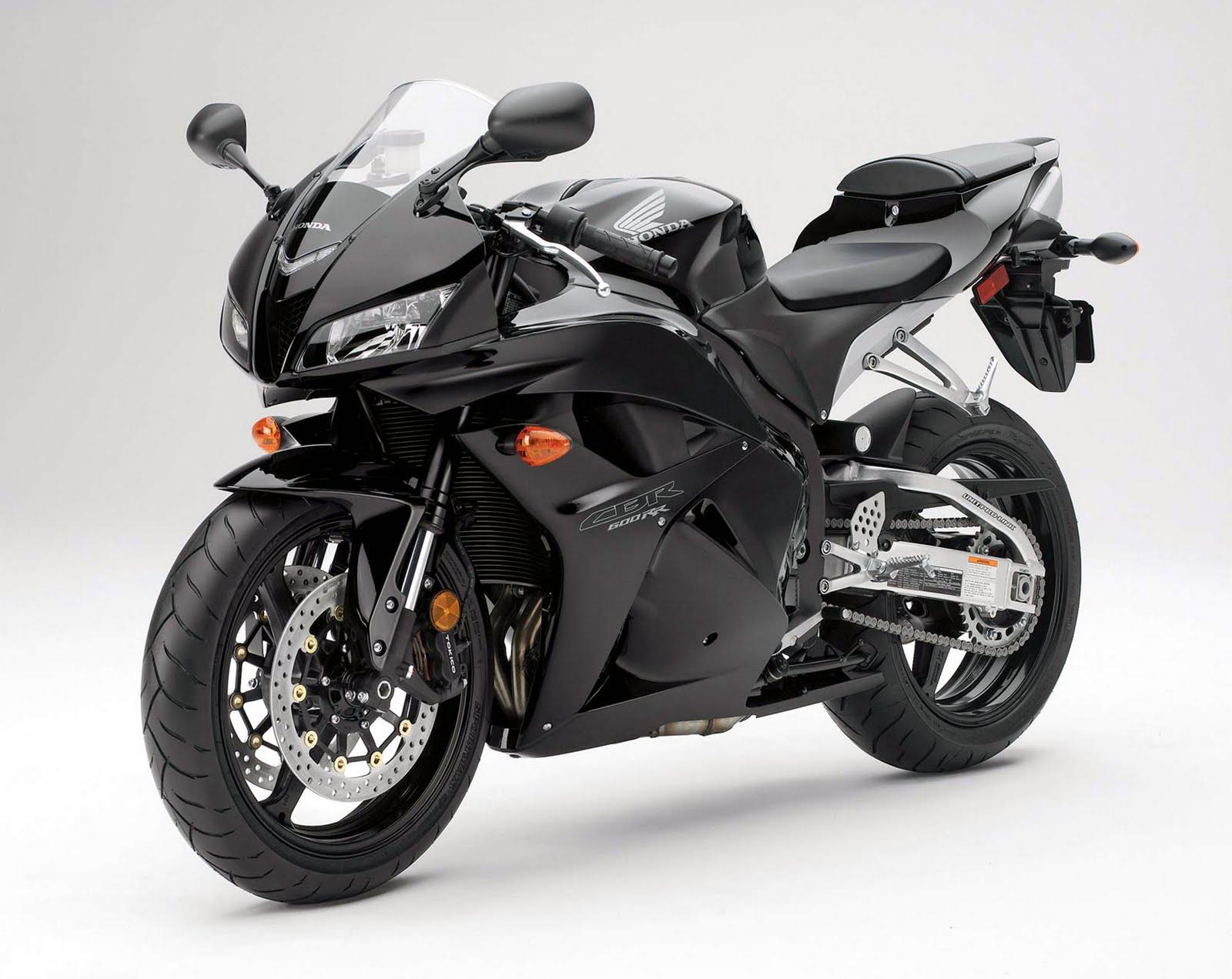 Burn the Hell's Highway: 2011 Honda CBR600RR ABS