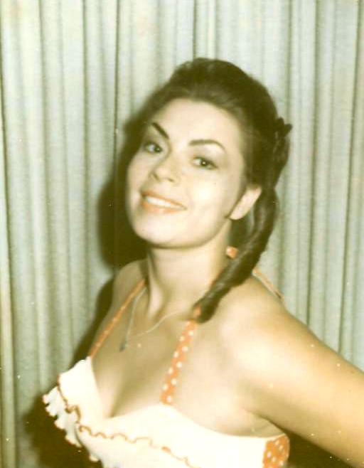 Have a gander at the glamorous Linda Funk Vickers in the 1960's.