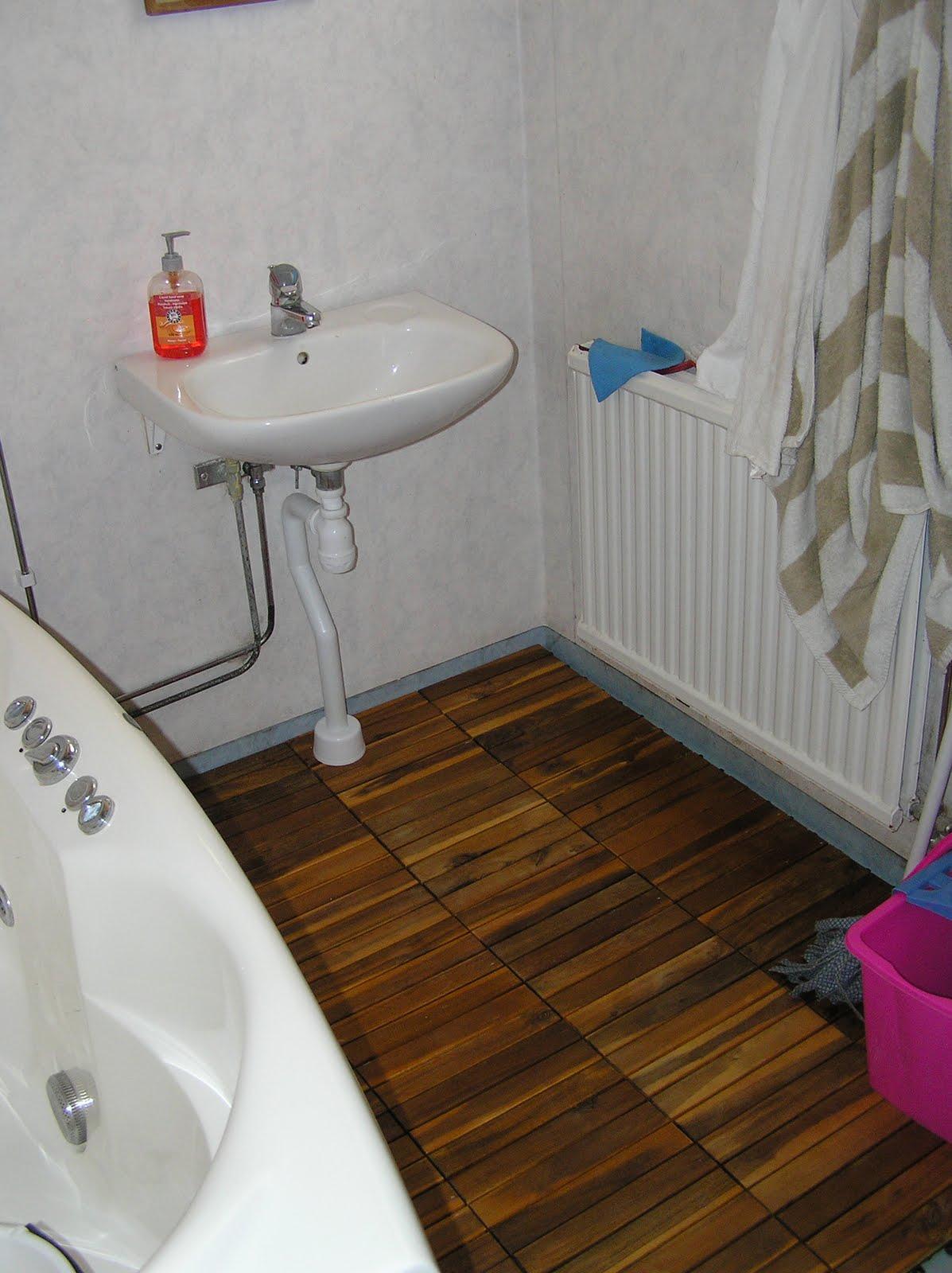 Trätrall badrum ~ Xellen.com