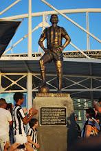 Estátua do imortal Nilton Santos