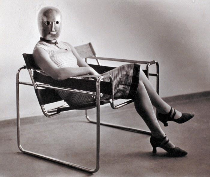 weimar oskar schlemmer the higher state of marionettes. Black Bedroom Furniture Sets. Home Design Ideas