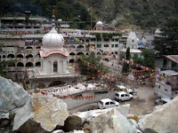 kullu india- Manikaran- travelling to india