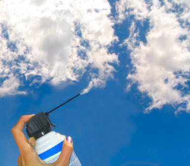 http://1.bp.blogspot.com/_U-AxaCiwuNg/TAJTZvkqosI/AAAAAAAAAOQ/X2_8D5nQfmU/s400/cumulusinacan+optical+illusions.jpg