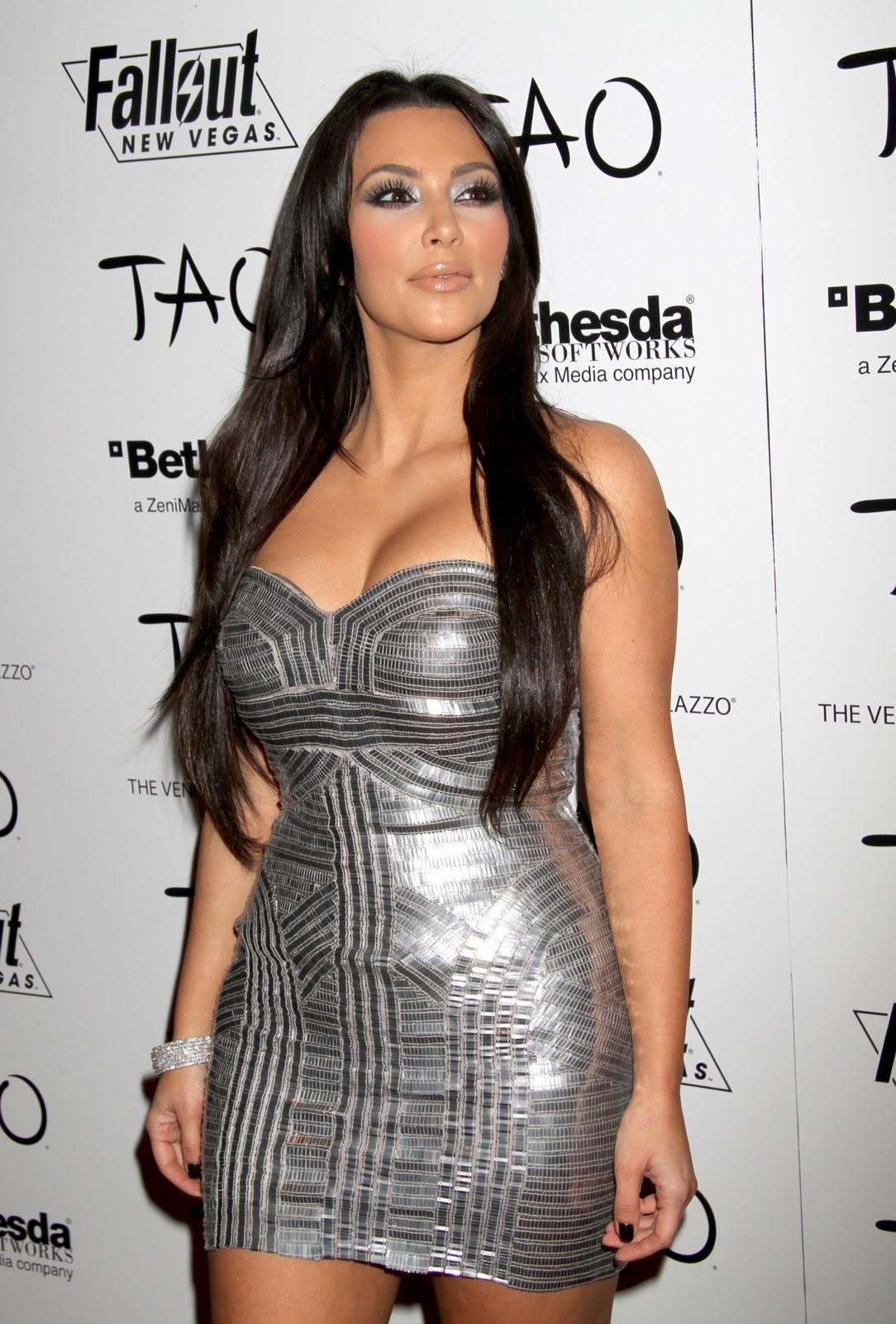 http://1.bp.blogspot.com/_U-R83NWdROM/TLoaKdhQdXI/AAAAAAAAFOY/O7Upmeb0l1A/s1600/Kim-Kardashian-82.jpg