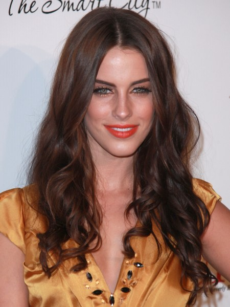Jessica Lowndes' headband hairstyle. When she arrived at the 8th Annual