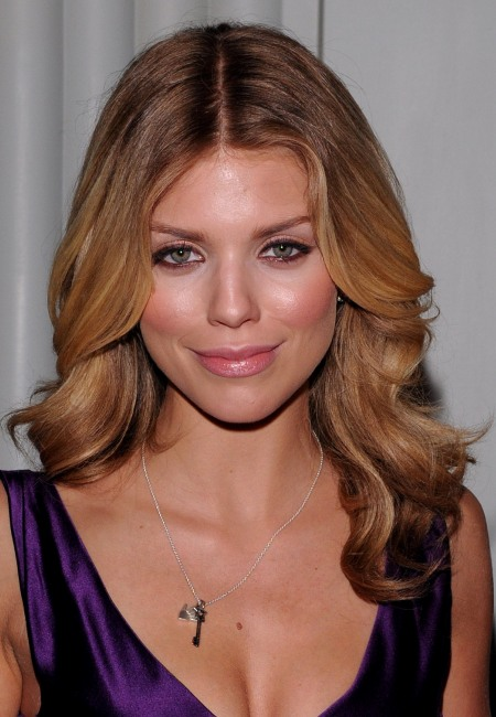 Long Center Part Hairstyles, Long Hairstyle 2011, Hairstyle 2011, New Long Hairstyle 2011, Celebrity Long Hairstyles 2058