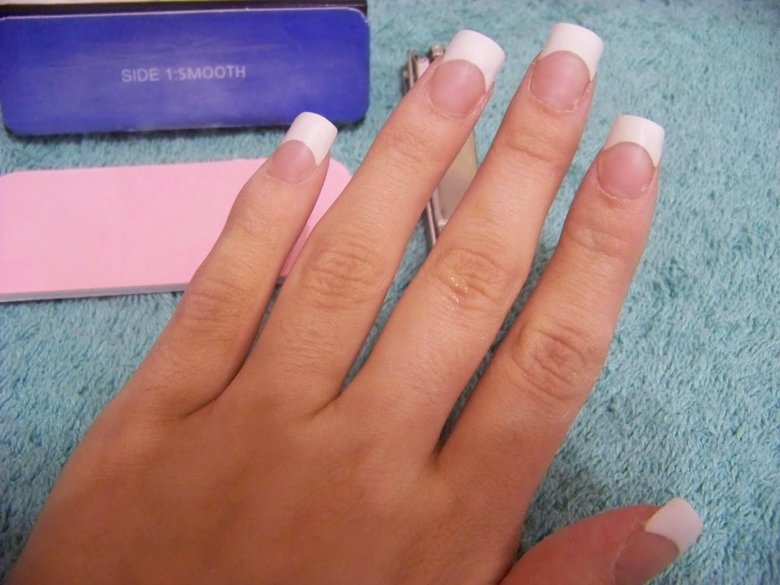 Chloe Beauty NYC: Tutorial : Permanent French Acrylic Tips!