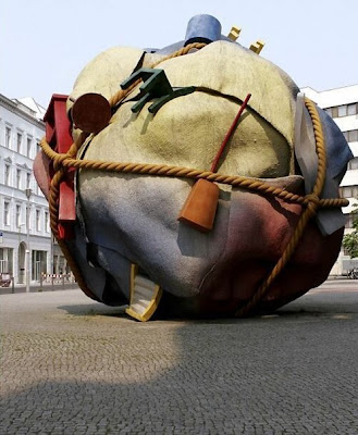 Berlin ball scuplture
