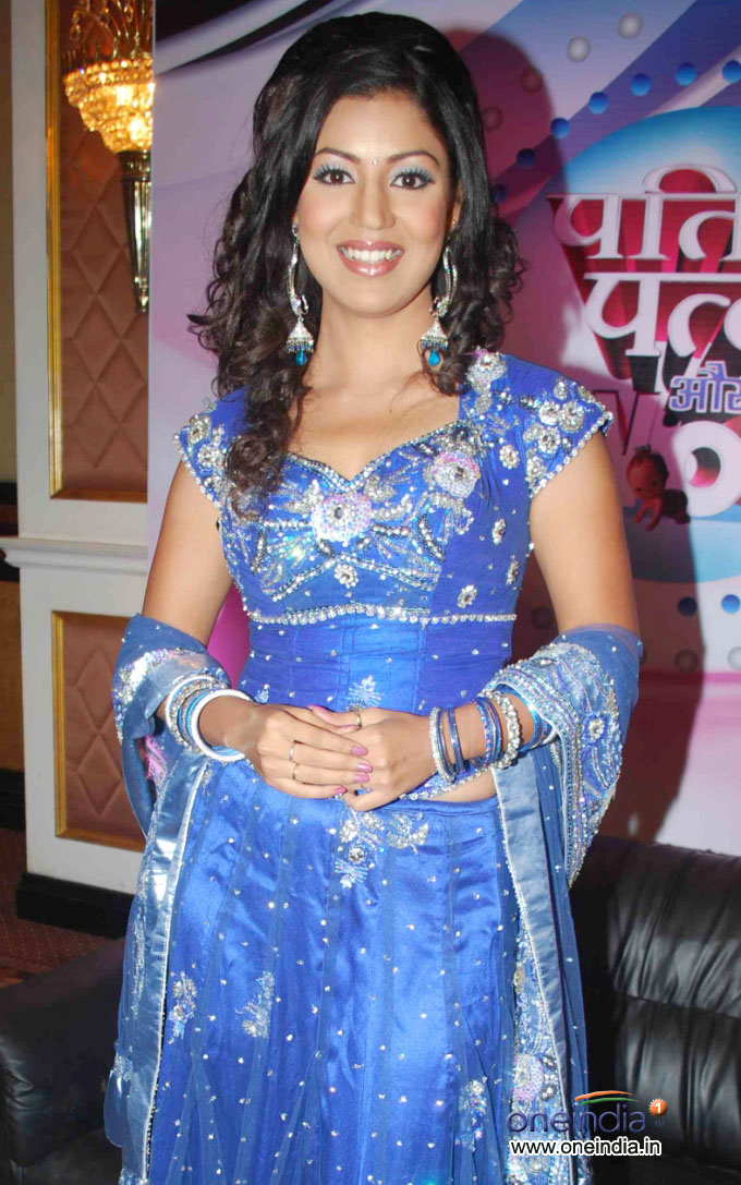 Holly wood Bollywood Hot Picz: DEBINABONNERJEE HOT PICSdebina