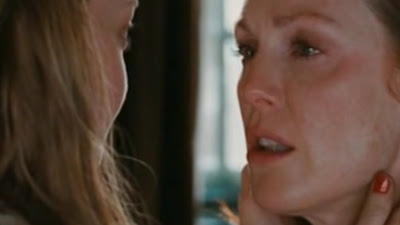 Julianne Moore and Amanda Seyfried Lesbian Kiss, Chloe