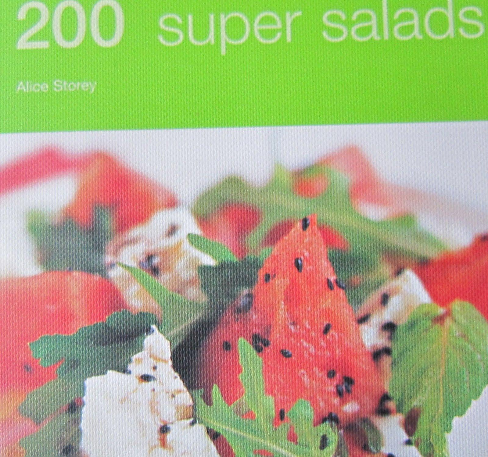 Punainen keittiö 200 supersalaattia