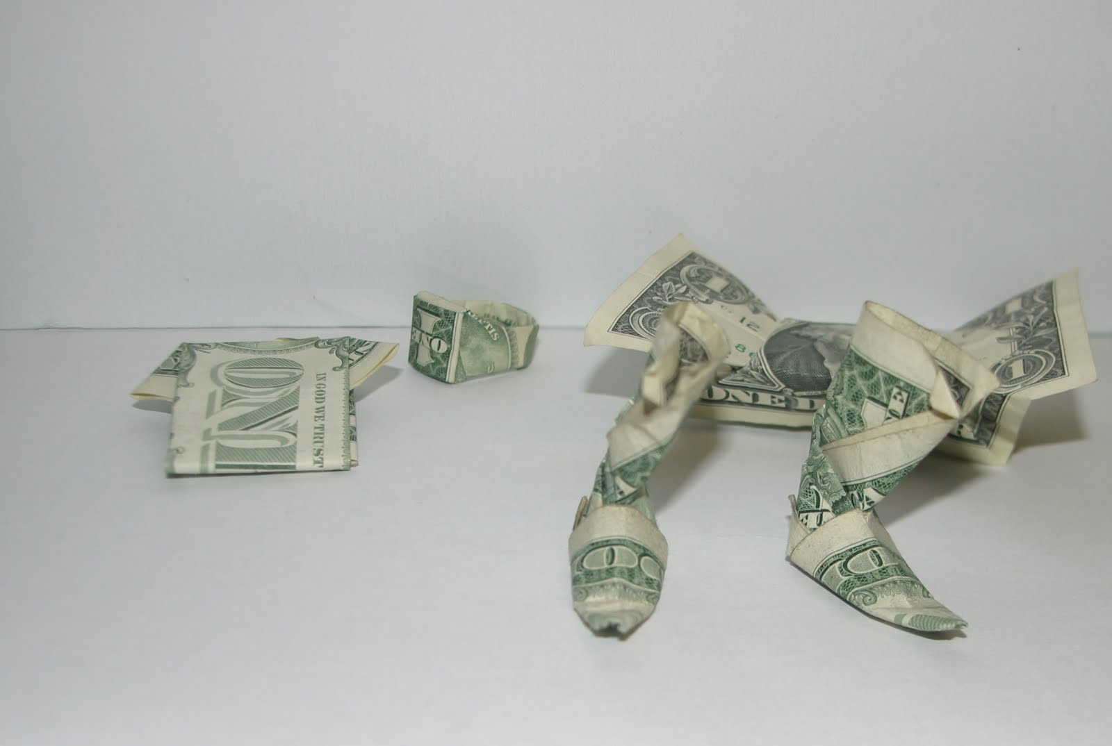 Браслет из денег своими руками