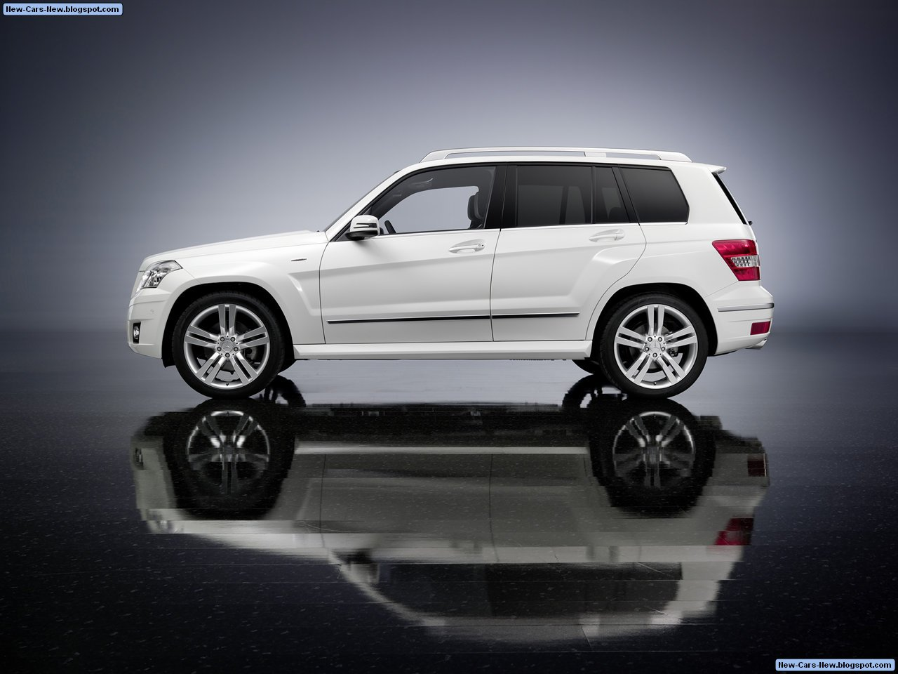 mercedes benz glk 350 4matic 2010 all in car mercedes. Black Bedroom Furniture Sets. Home Design Ideas