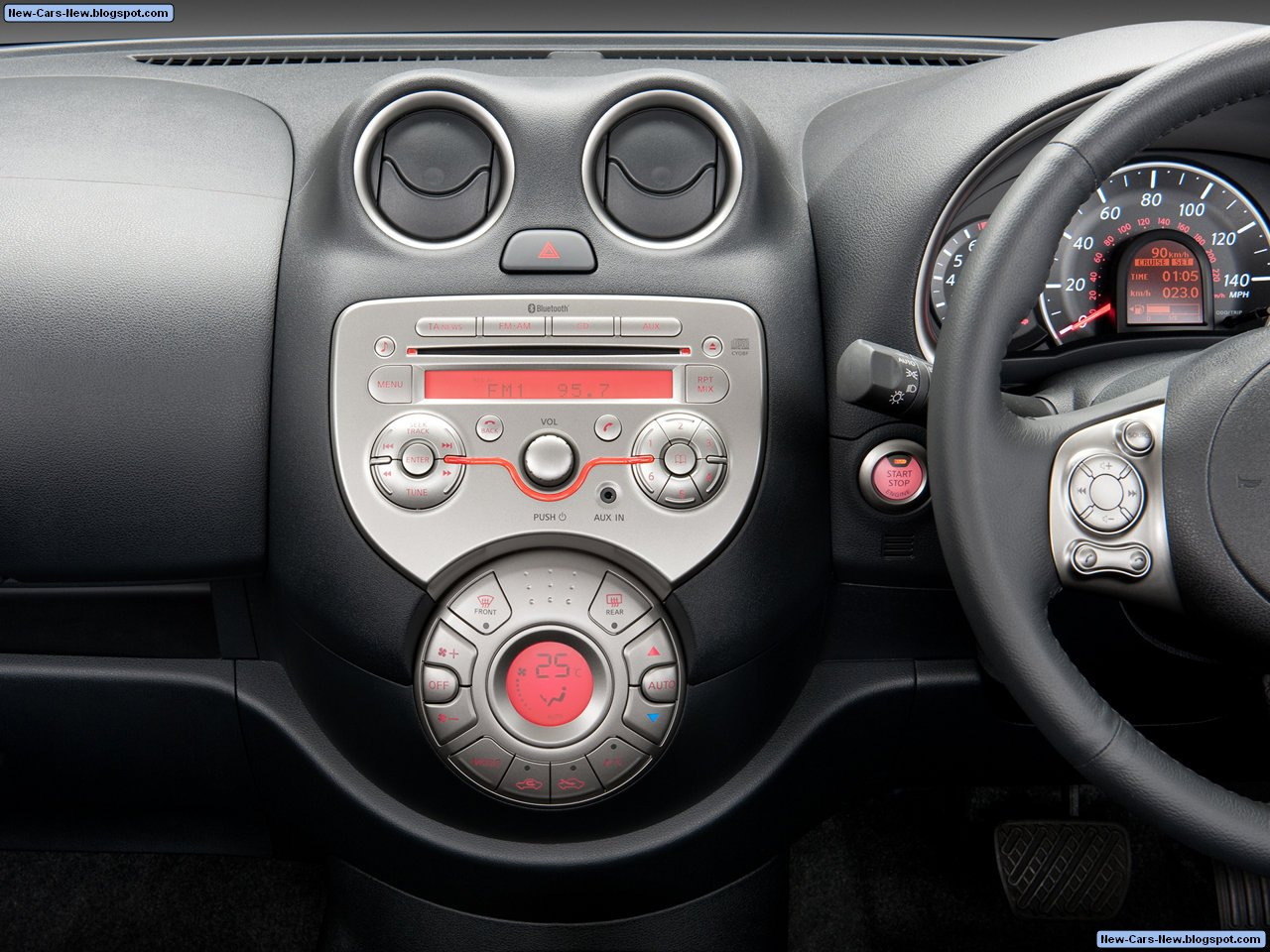 http://1.bp.blogspot.com/_U4w592tUDHM/TCNxbvMFxDI/AAAAAAAADbw/s943Yrl-i8c/s1600/Nissan-Micra_2011_1280x960_wallpaper_05.jpg