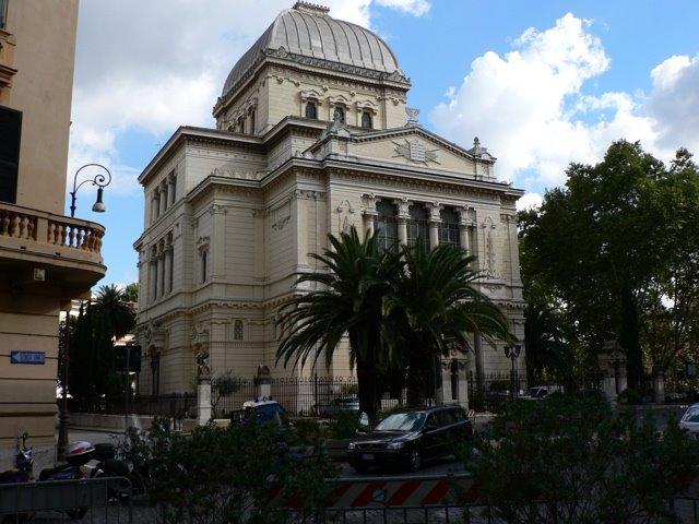 [Rome_Synagogue.jpg]