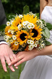 Alhamdulillah bejo sunflower bridal bouquet ideas with white flowers simple bright sunflowers and babys breath bridal bouquet hand tied with yellow ribbon junglespirit Images