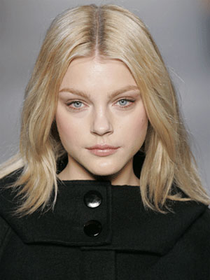 Blonde Hair, Long Hairstyle 2011, Hairstyle 2011, New Long Hairstyle 2011, Celebrity Long Hairstyles 2012