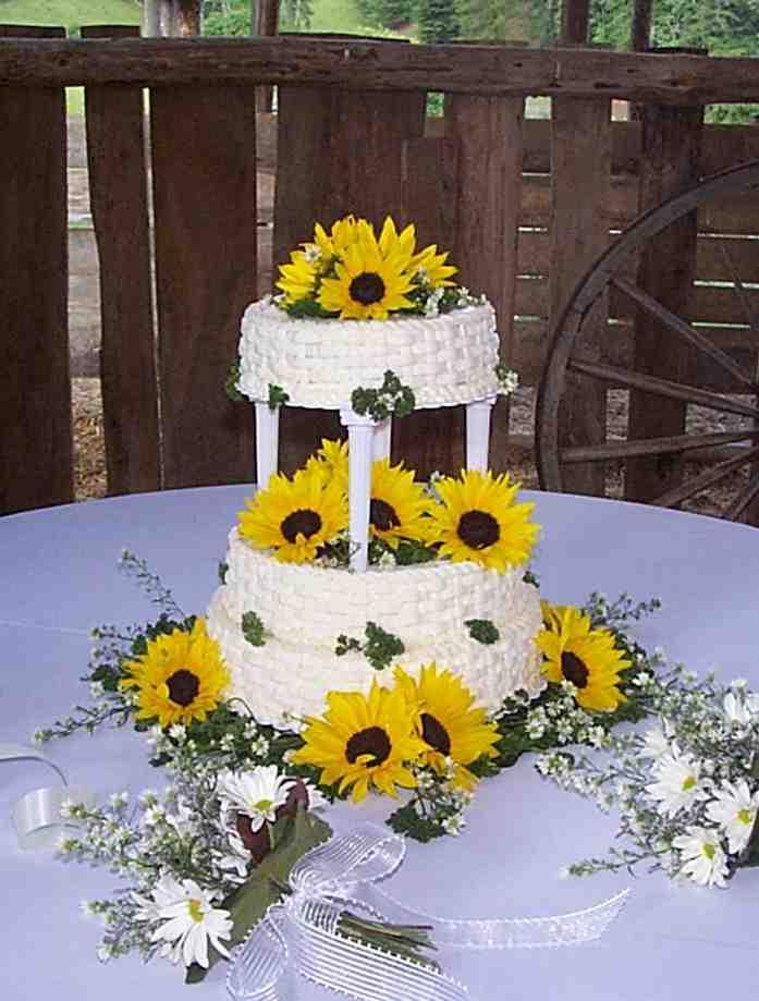 wedding cakes pictures sunflower wedding cakes. Black Bedroom Furniture Sets. Home Design Ideas