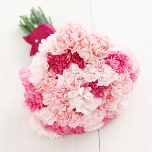 Gorgeous wedding bouquets made up of lovely pink carnations