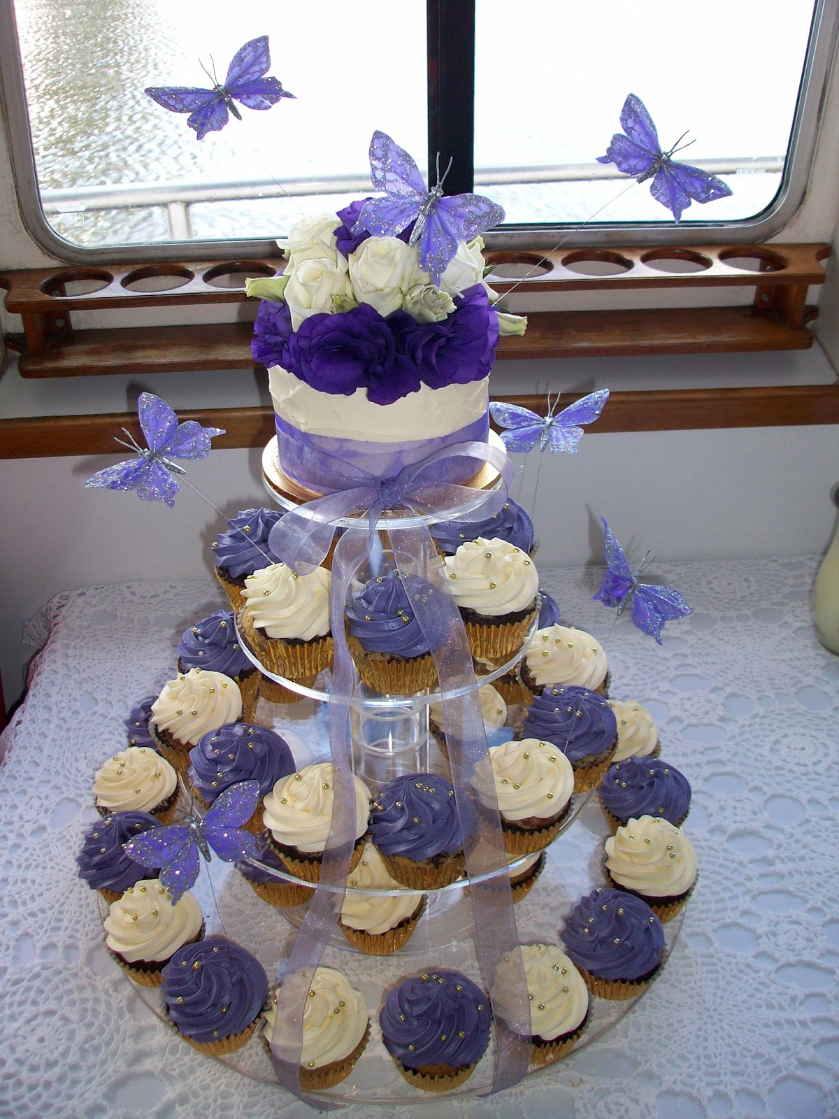 Blue Wedding Cakes with Cupcakes