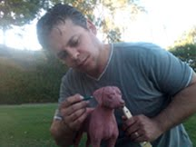 Dog artist Caesar Yanez