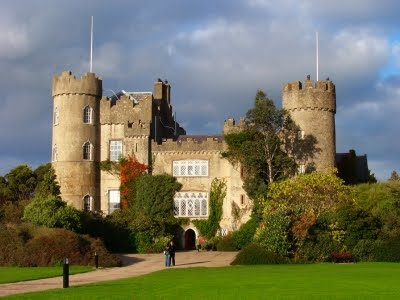 Visiting Dublin - Hotels Near Malahide Castle