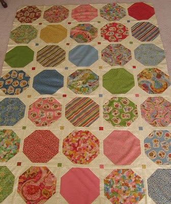 Free Quilt Block : Snowball - ideas for using this free