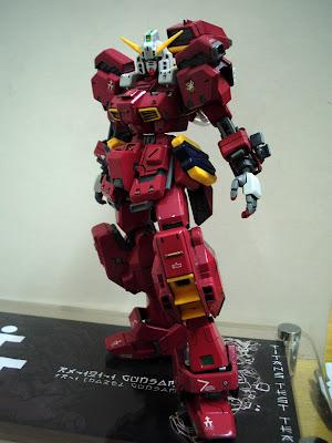 1/144  RX-121-1 Gundam TR-1 [Hazel Costum] IMG_0041