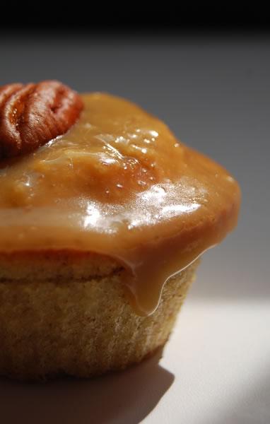 cupcakes pomme miel cannelle pralinette en vadrouille. Black Bedroom Furniture Sets. Home Design Ideas