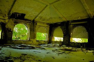 Maquinas y escombros urbex el sanatorio de la marina for Cuarto oscuro rayos x