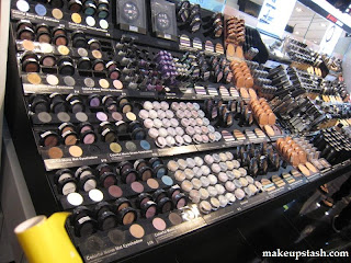 makeup warehouse in France