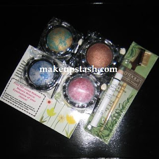 Makeup Mail: Makeup Mix from Makeup Masala