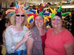Crazy Hat Divas!