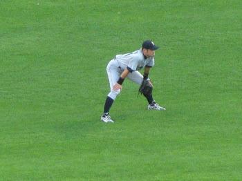 Ichiro Suzuki na defesa no jogo Seattle Mariners X White Sox