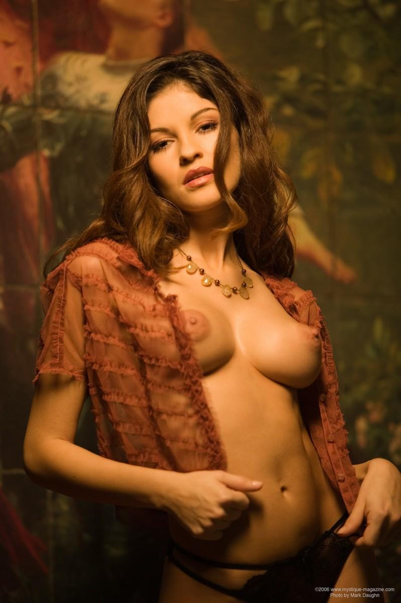 hot latin women boobs