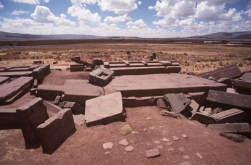 Belum ada yang tahu pasti bagaimana suku Indian Aymara mengangkut batu ...