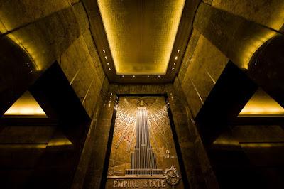 De gerenoveerde lobby van het Empire State Building