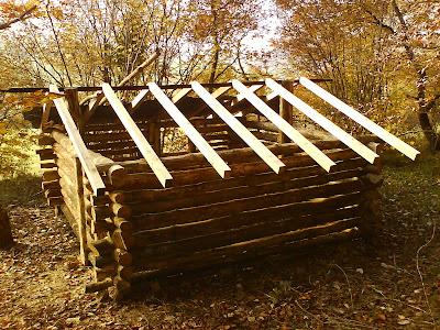 Le forum de la cabane et des habitats alternatifs ma cabane budget limit rondins torchis - Isolation toit cabane jardin perpignan ...