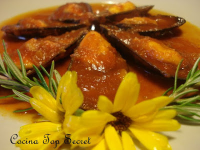 Mejillones en salsa de tomate picante cocina top secret for Cocinar mejillones en salsa