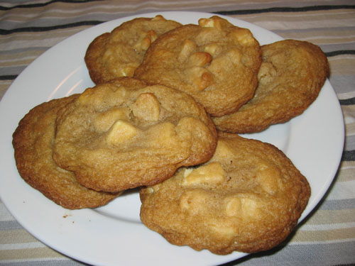 White Chocolate Chunk and Macadamia Nut Cookies