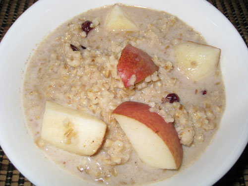 Pear Crisp Oatmeal with Cranberries