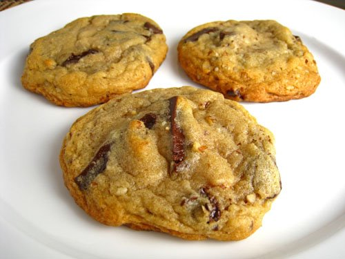 Chocolate Chunk and Pecan Cookies on Closet Cooking