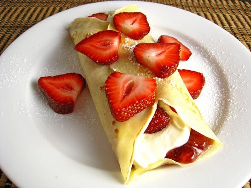Strawberry Cheesecake Crepes on Closet Cooking